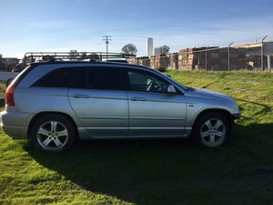 Pasifica 2008 Parting Out!!! Pacifica 2008 para partes!! for Sale in Visalia, CA