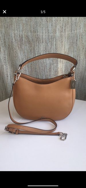 Coach Nomad Leather Crossbody Bag/Purse for Sale in Kirkland, WA