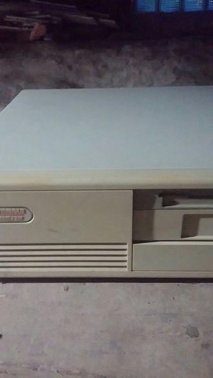 Campaq Desk Pro 486 33m and Campaq Monitor for Sale in Kansas City, MO