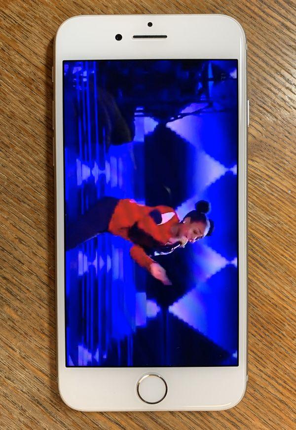 iPhone 8 Excellent Unlocked