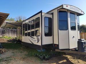 Forest river destination trailer for Sale in Watsonville, CA