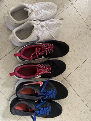 Nike women shoes size 8 for Sale in Fort Washington, MD