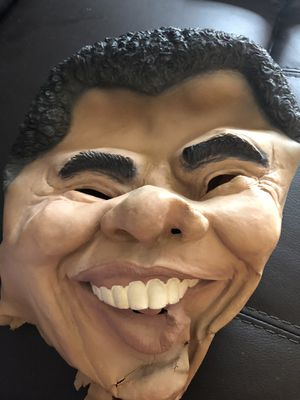 Obama Halloween mask for Sale in Northbrook, IL
