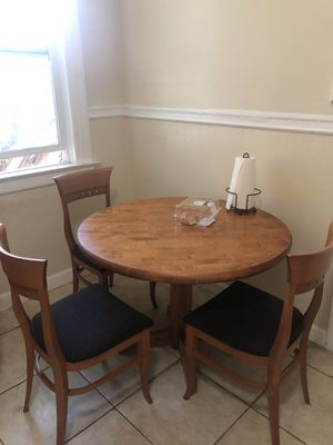 Round Kitchen Table with Chairs for Sale in San Francisco, CA