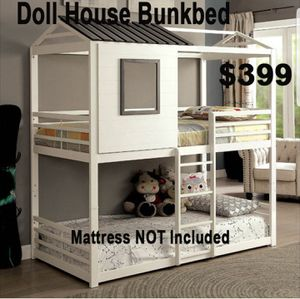 METAL CONSTRUCTION DOLL HOUSE BUNK BED TWIN/MATTRESS SOLD SEPARATE for Sale in Angelus Oaks, CA