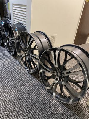 18 Universal Rims ( No tires ) for Sale in Rochester, NY