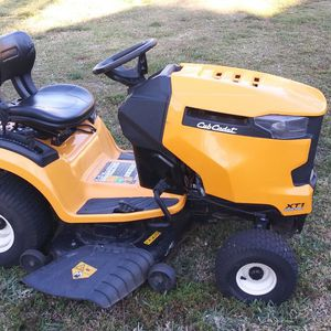 "Cub Cadet 46"" Ride On Mower for Sale in West Palm Beach, FL"