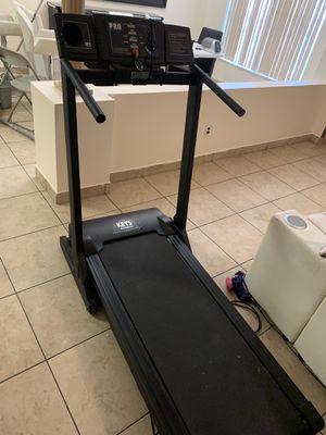 Pro 550 Treadmill for Sale in Orlando, FL