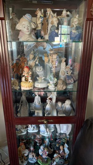 Hummel/lladro/and other high collectible big figurine. for Sale in Torrance, CA