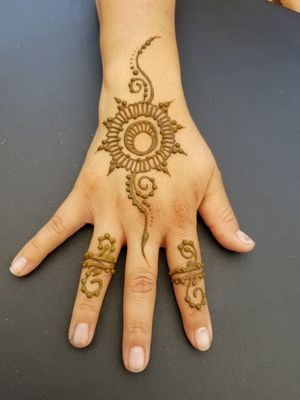 Henna tattoos for womens and kids for Sale in Phoenix, AZ