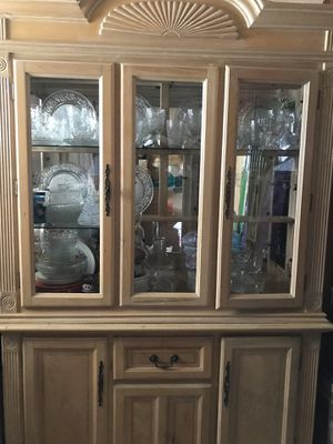 China cabinet for Sale in Upland, CA