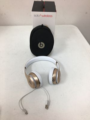 Beats solo 3 wireless for Sale in Pflugerville, TX