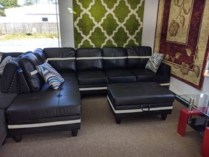 3pc, black & white bonded sectional for Sale in Berwyn Heights, MD