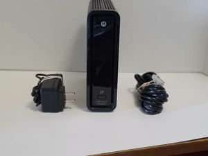Motorola SBG-6580 Modem Docsis 3.0 and N600 Wifi Router for Sale in Phoenix, AZ