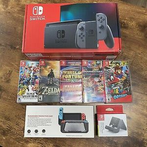 Nintendo switch for Sale in River Falls, WI