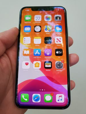 iPhone X White Silver Unlocked no face ID for Sale in Austin, TX
