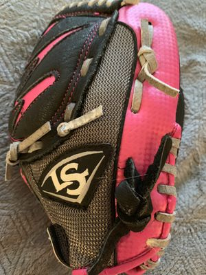 Louisville Slugger Youth Black Pink Baseball/softball Glove for Sale in Apopka, FL