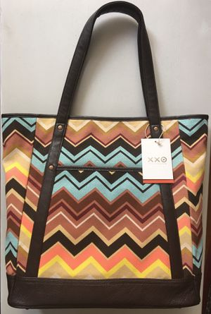 (NEW) MISSONI COLORE ZIG ZAG LARGE TOTE HANDBAG FROM TARGET (SOLD OUT IN-STORE) for Sale in Compton, CA