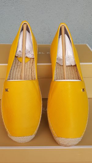 New Authentic Michael Kors Women's Shoes Size 9 ONLY for Sale in Montebello, CA