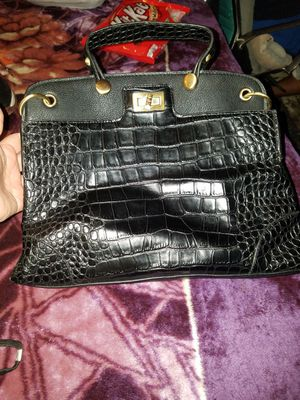 Leather like purse for Sale in Houston, TX