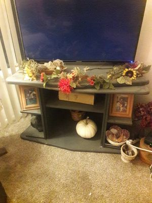 Tv stand black for Sale in Buena Park, CA