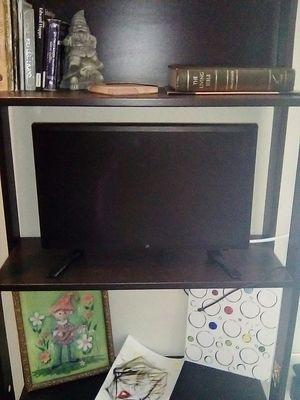 "19"" Flatscreen TV for Sale in Los Angeles, CA"