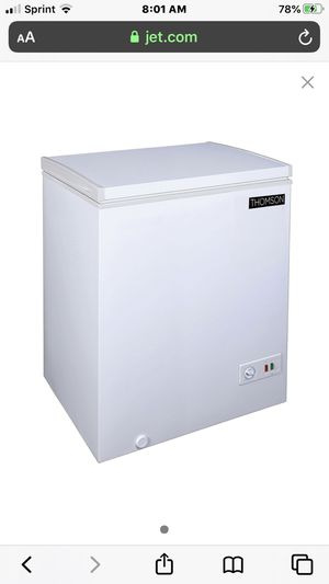 Brand new freezer 5.0 , Never used it because we bought a larger one for Sale in Honolulu, HI