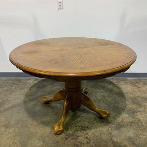 Round Pedestal Dining Table for Sale in Allentown, PA