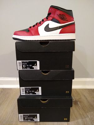 Nike Air Jordan 1 Mid 'Chicago Black Toe Style:554724-069.. Only Size Available:11M for Sale in Parkdale, OH