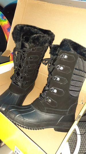 Khumbu rain boots for Sale in Martinez, CA