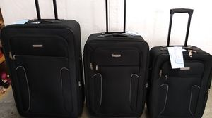 CHARLIE SPORT BLACKS LUGGAGES SET $65.00 BRAND NEW 2 WHEELS LIGHT WEIGHT EXPANDER SYSTEM for Sale in HALNDLE BCH, FL