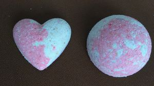 4 n 1 bath bombs for Sale in Baltimore, MD