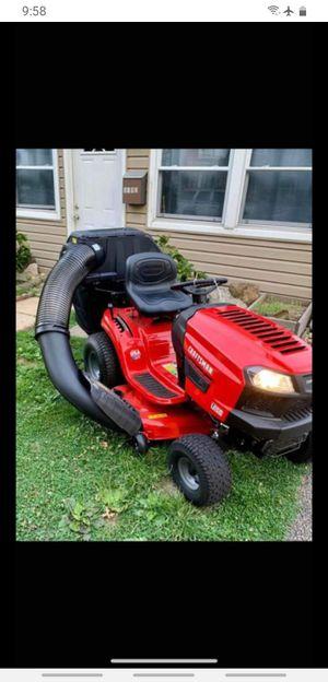 Craftsman lawn tractor for Sale in Elsmere, DE