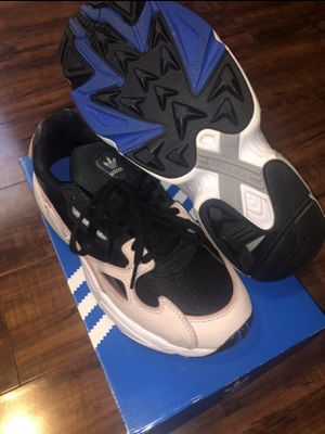 Adidas Falcon for Sale in Houston, TX