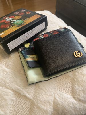 Gucci Mormont Leather Wallet for Sale in Los Angeles, CA