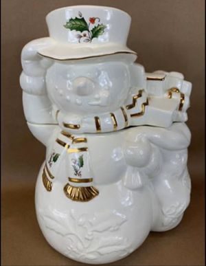 Home for the Holidays HOLLY HOLIDAY White w/Gold Trim & Holly Snowman Cookie Jar for Sale in Marietta, GA