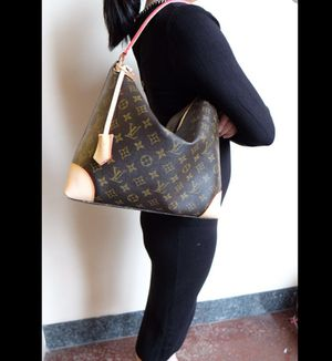 Louis Vuitton Berri Pm Handbag for Sale in Oak Lawn, IL