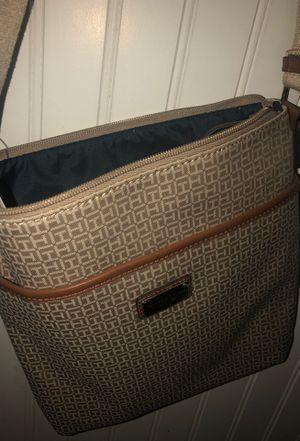 Tommy Hilfigure Handbag for Sale in Highland, CA