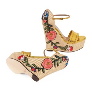 Gucci Floral Embroidered Platform Espadrille for Sale in Phoenix, AZ