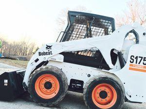 Price💲2000 Bobcat 2010 Wheel S175 for Sale in Lexington, KY
