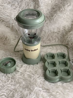 Baby Bullet baby food blender for Sale in Queens, NY