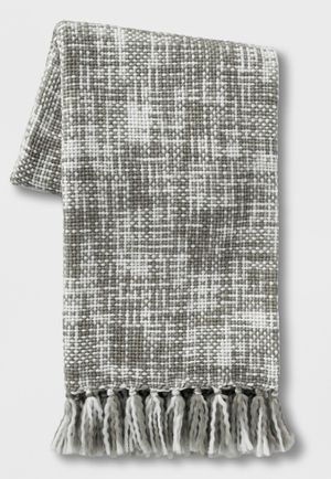 Marled Woven Throw Blanket Gray for Sale in East Los Angeles, CA