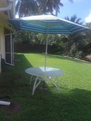Table and umbrella only Boca Raton for Sale in Pompano Beach, FL