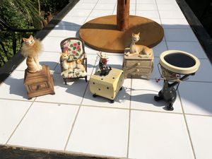 Cat lovers gift, decorative boxes, new condition for Sale in Los Angeles, CA