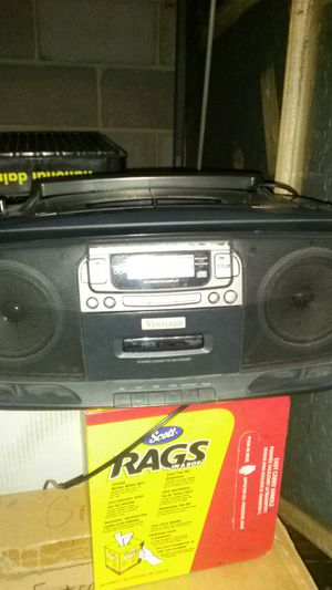 Two disc CD player for Sale in Cleveland, OH