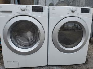 Washer and dryer set Kenmore perfect condition for Sale in Miami Lakes, FL