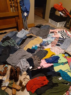 Womans/juniors clothes for Sale in Bartow, FL
