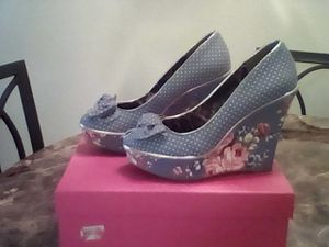Super Adorable Betsey Johnson Wedge Heel Shoes!!! for Sale in Fresno, CA