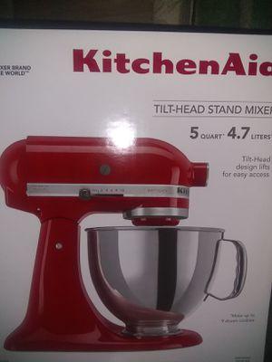 Kitchen Aid, Tilt Head, 5 QT, Mixer for Sale in Bonney Lake, WA