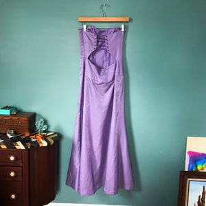 Nicole Miller Corset Gown for Sale in Fairfax, VA